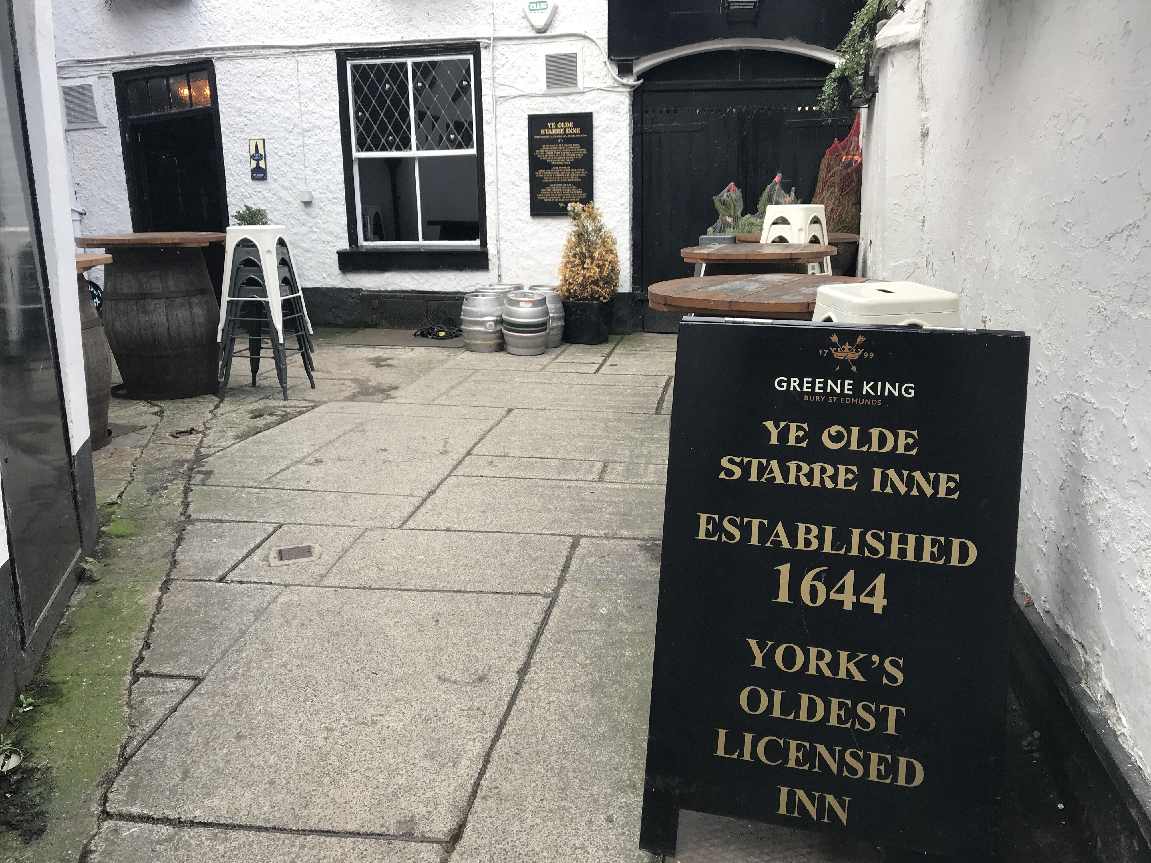 Ye Olde Starre Inn front